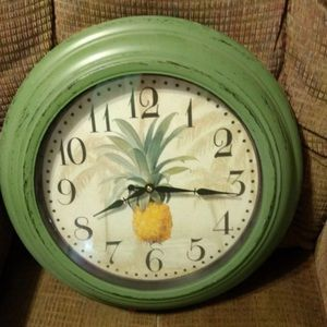 Other - Pineapple Clock